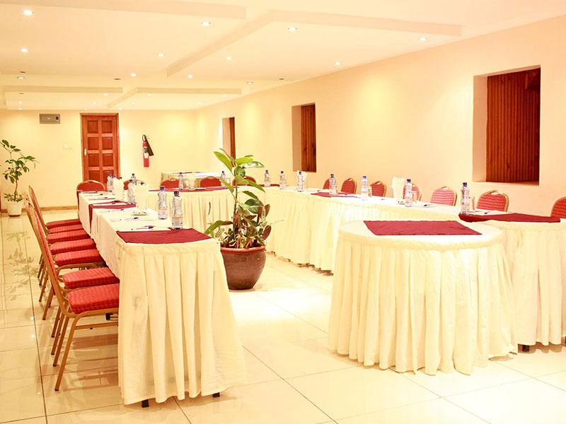 Hotel-Hennessis-Conference-Rooms