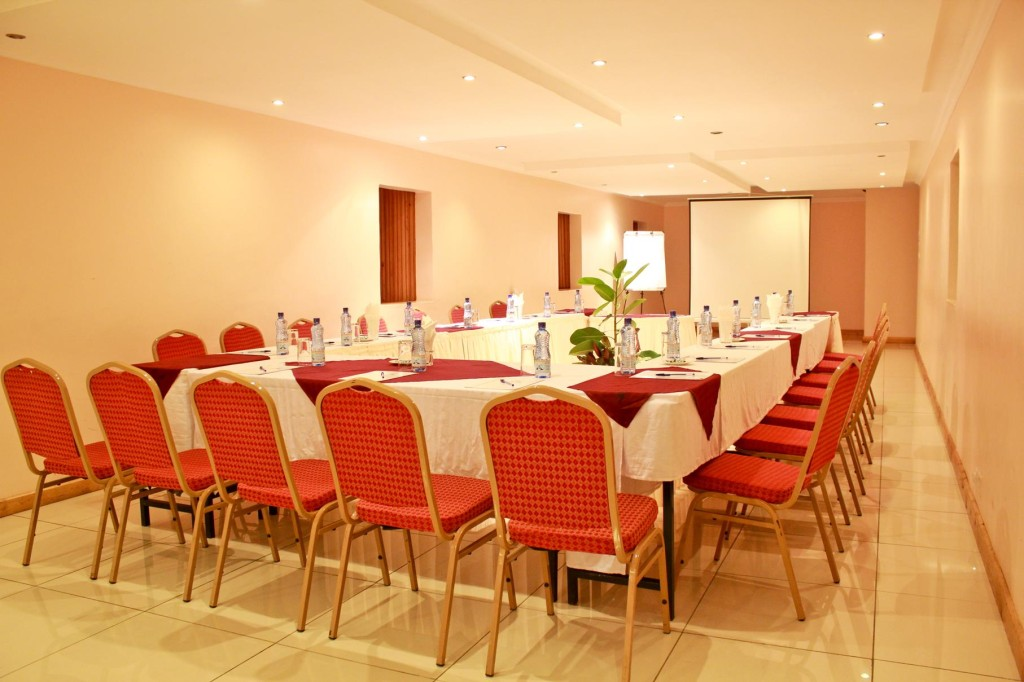 Hotel Hennessis - Large Conference Room