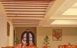 Hotel Hennessis Restaurant Setting