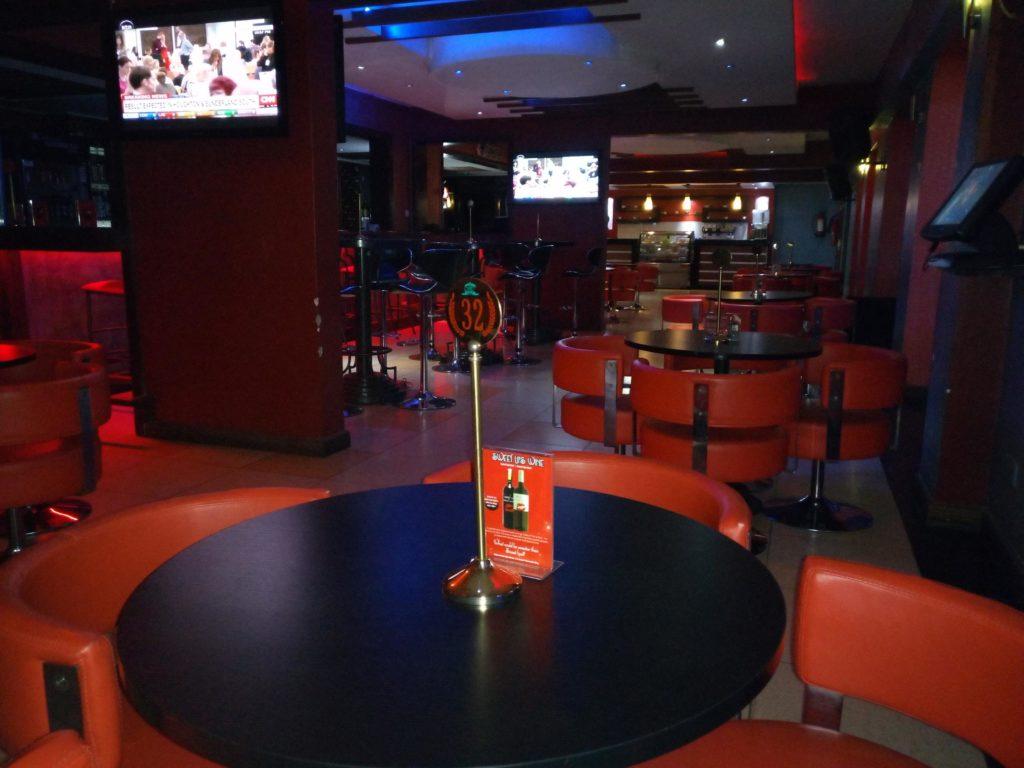Hennessis Hotel Bar